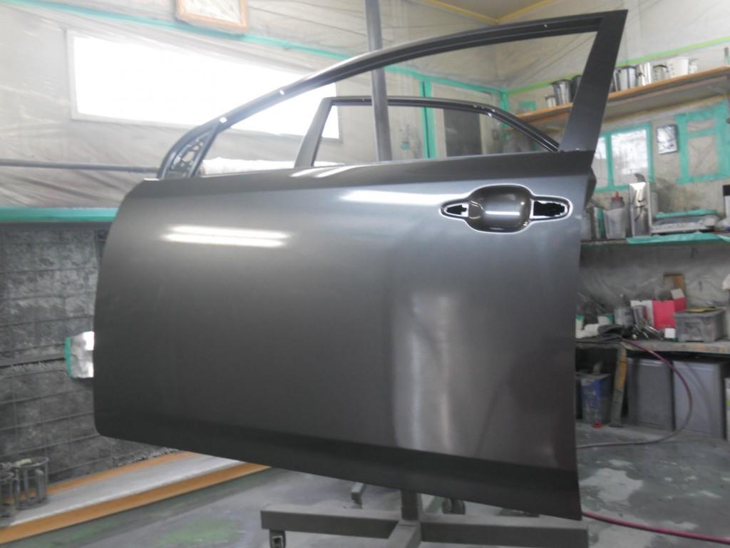 トヨタ・アリオン板金塗装、塗装