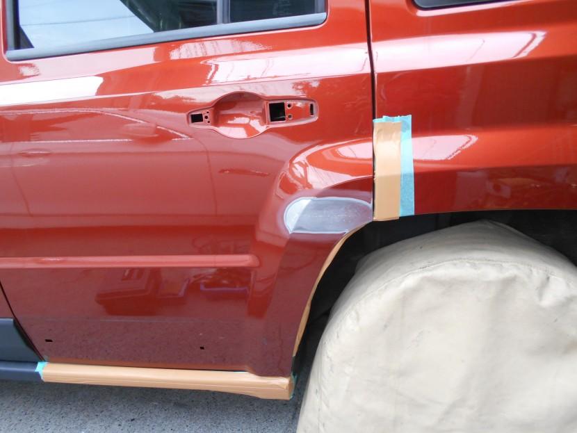 ドアを擦った傷と凹み!修理内容と技術者が考える事の全て