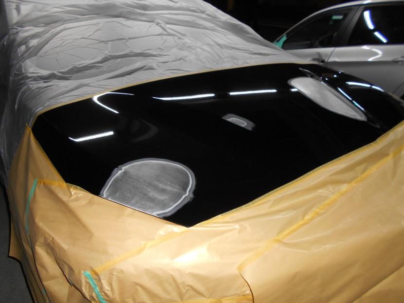 BMWボンネット板金修理