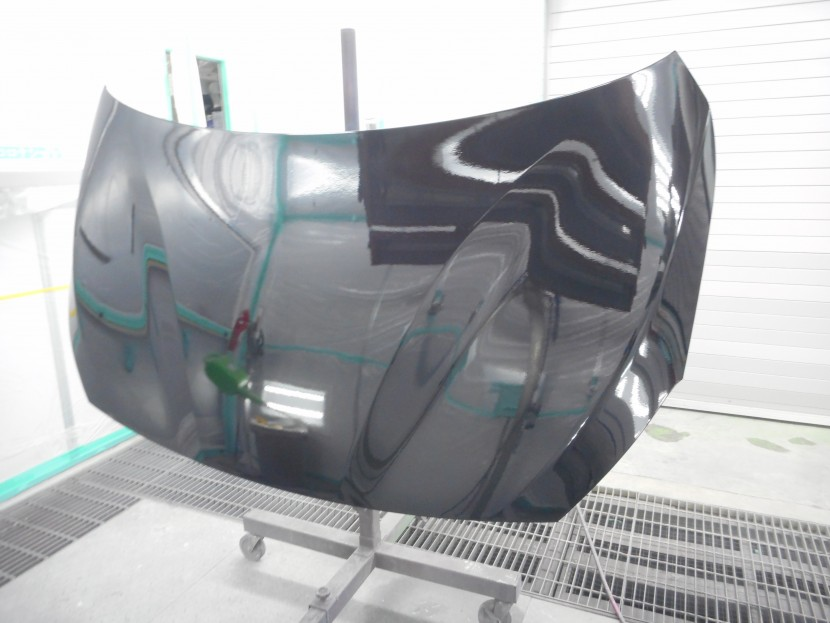 BMWボンネット塗装