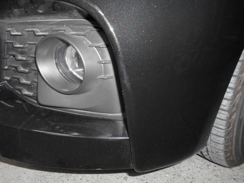 BMW・バンパー擦り傷④