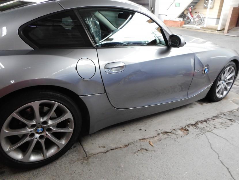 BMW、こすり傷、修理前