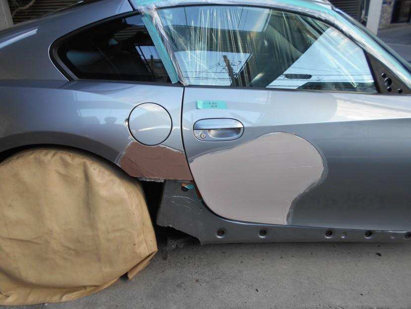 BMW、こすり傷、パテ