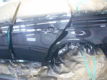 BMW、擦った修理、塗装、ドア・リヤフェンダー