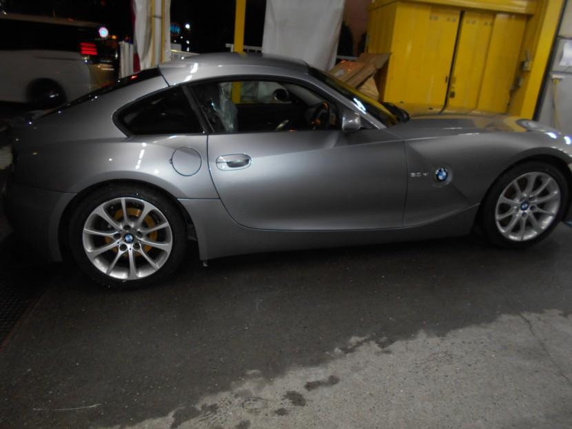 BMW、こすり傷、完成