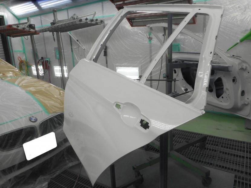 BMWドア交換塗装