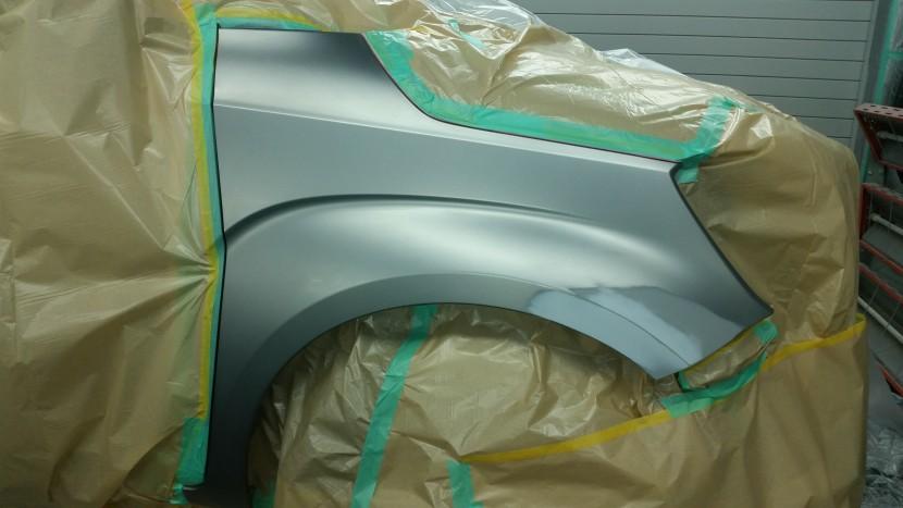 バンパー、フェンダー板金塗装、フェンダー塗装前