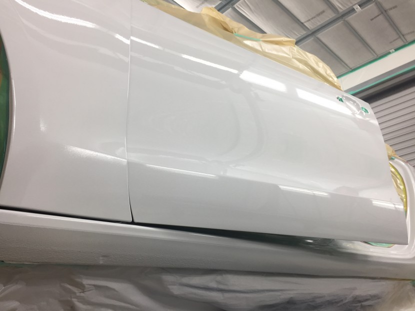 アウディA5板金塗装、塗装