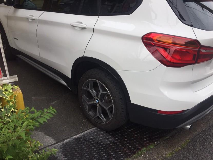 BMW・X1、板金塗装完成
