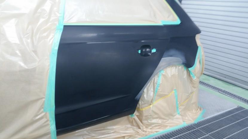 アウディA3、リアドア・リアフェンダーの塗装