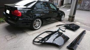 BMWの右側面の凹みとキズを保険修理!事故車にしない職人の技と頭脳で見事復活!!