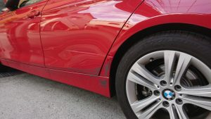 スポイラーを擦った時の修理依頼は慎重に!フレーム損傷の可能性とプロの助言