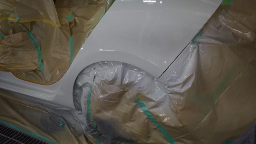ワーゲンゴルフのリアドアとフェンダーの塗装完了!