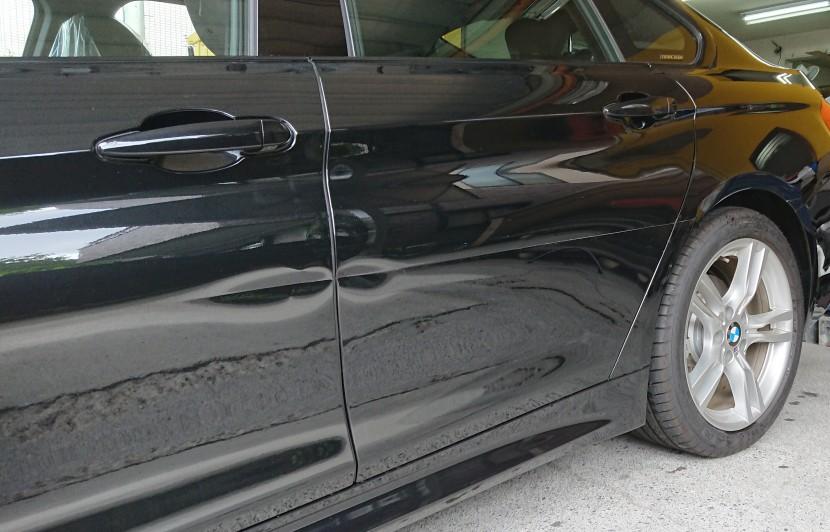 BMW交換レベルの凹みを板金で修理!3分の1の費用で修理可能なその技術。