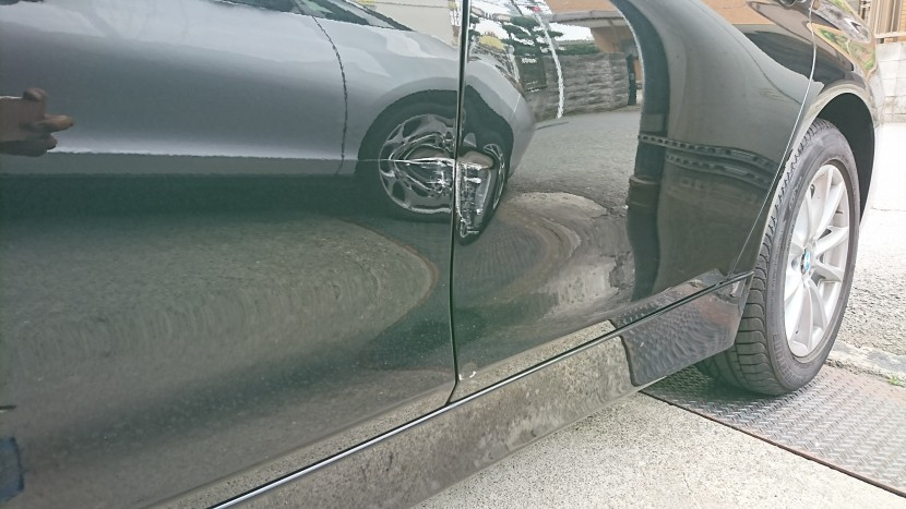 BMWドア板金修理/損傷の見極めが完成度を左右する!プロの技術