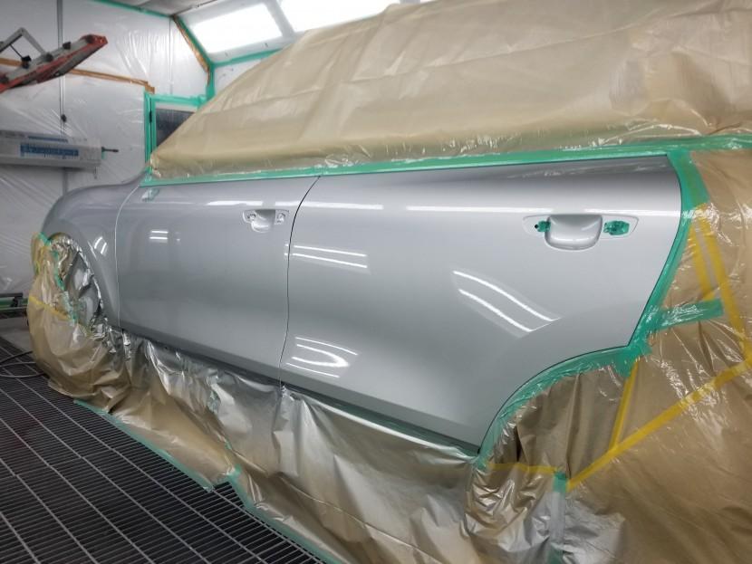 輸入車には輸入車専用塗料がお似合いなんです