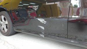 プジョーの板金塗装、ドア交換でなく鉄板強度を復元させる当社の修理技術