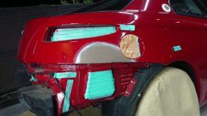 アルファロメオの板金塗装はお任せ!熟練の技で完璧修理とその費用