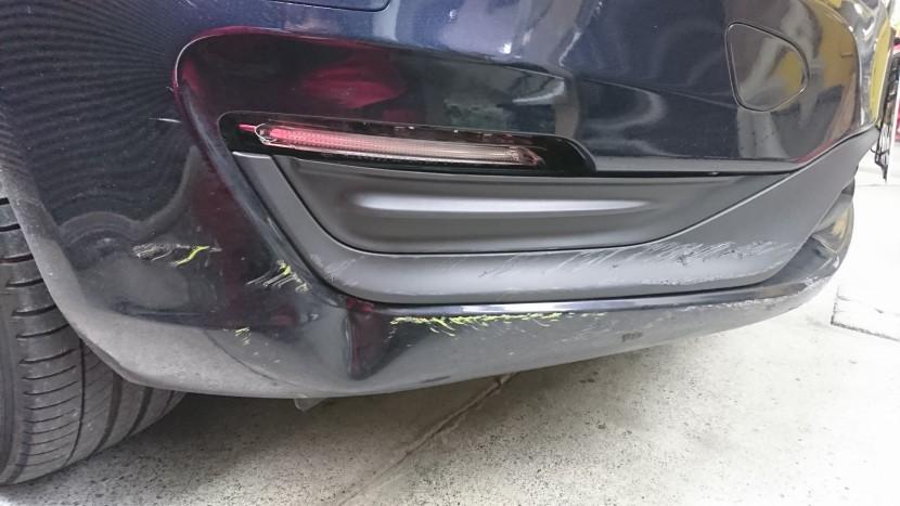 ボルボのバンパー修理費用/専門店から修理方法のご提案と助言!
