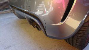 フィアット・アバルトのバンパー修理/切れても割れても修理可能!