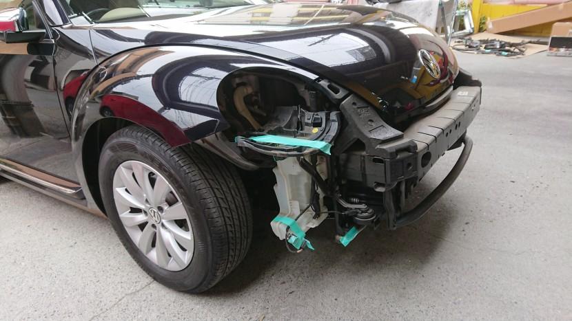 ビートル板金塗装【バンパー・フェンダー修理】脱着修理する理由
