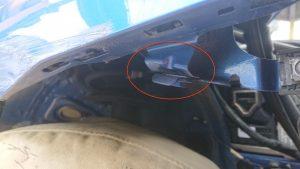 車擦った時フェンダーの中まで押されている可能性は?【画像で紹介】
