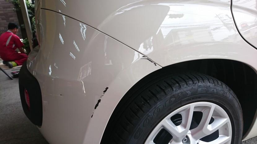 フィアット・パンダ /バンパーの傷!安く綺麗に修理する方法。