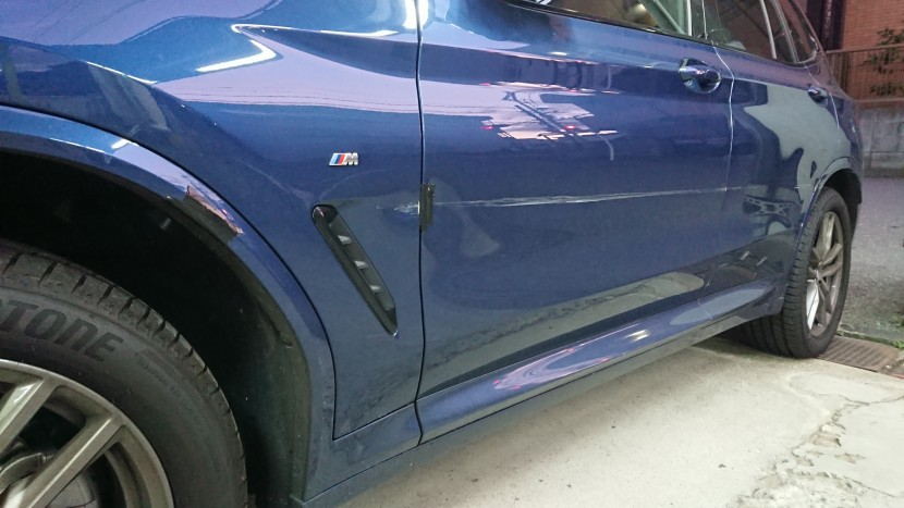 BMW/X3のドア交換・フェンダー交換・バンパー修理その事例