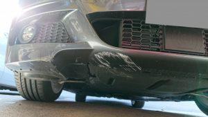 BMW交換レベルのバンパー大損傷!それを修理で格安提案その事例。